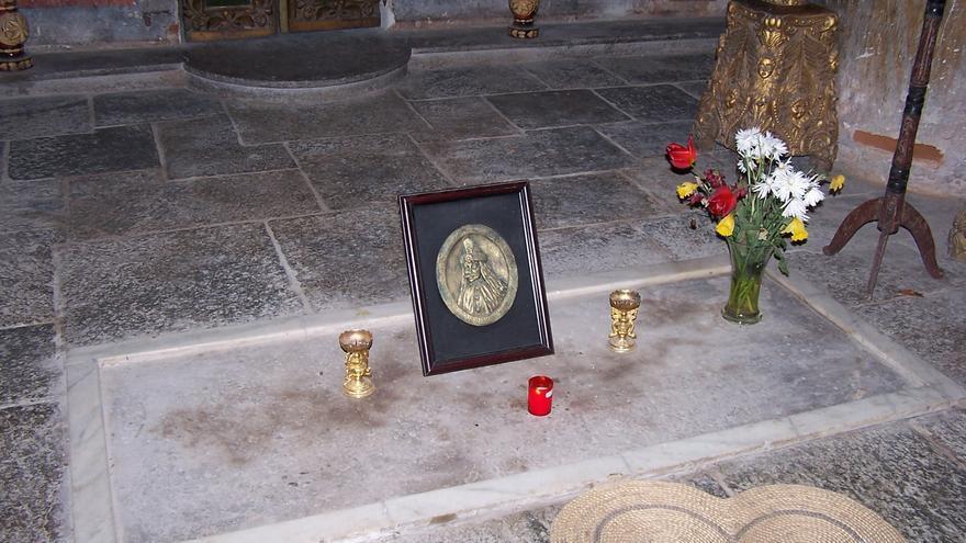 Tumba de Vlad Draculea en el Monasterio de Snagov.
