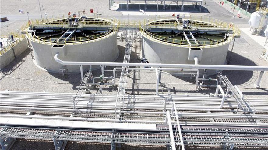 Irak inaugura la producción de petróleo en un amplio complejo energético