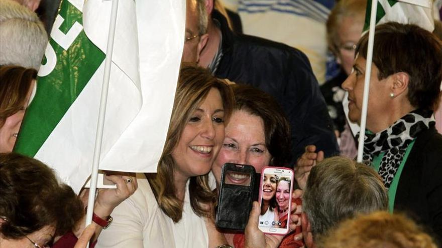 Susana Díaz elude hablar de pactos, convencida de que tendrá amplia mayoría