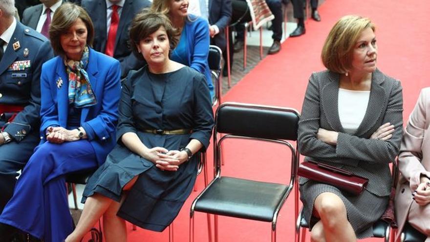Soraya Sáenz de Santamaría y María Dolores de Cospedal mantienen una rivalidad interna en el PP
