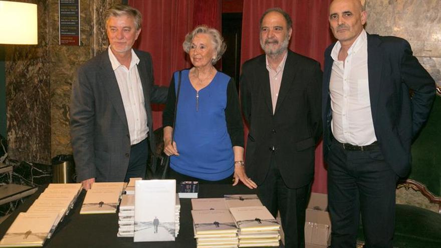 Un nuevo libro recoge cinco cuentos inéditos de José Antonio Labordeta