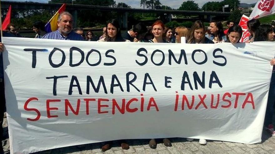 Manifestación a favor del indulto para Tamara y Ana
