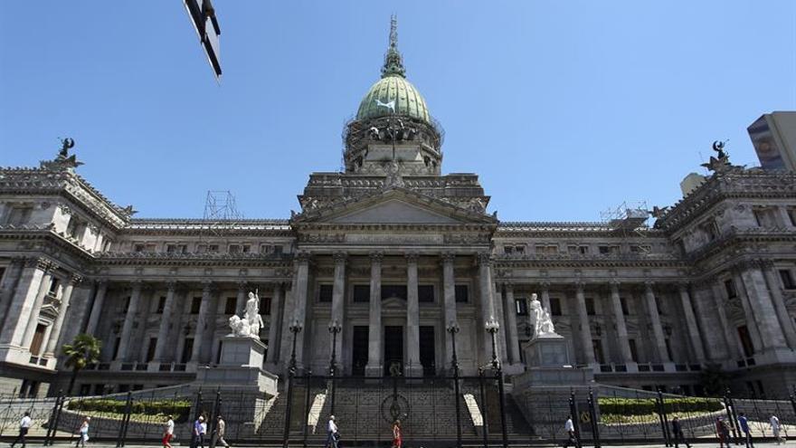 El Senado de Argentina da de baja a 376 empleados de su planta temporal