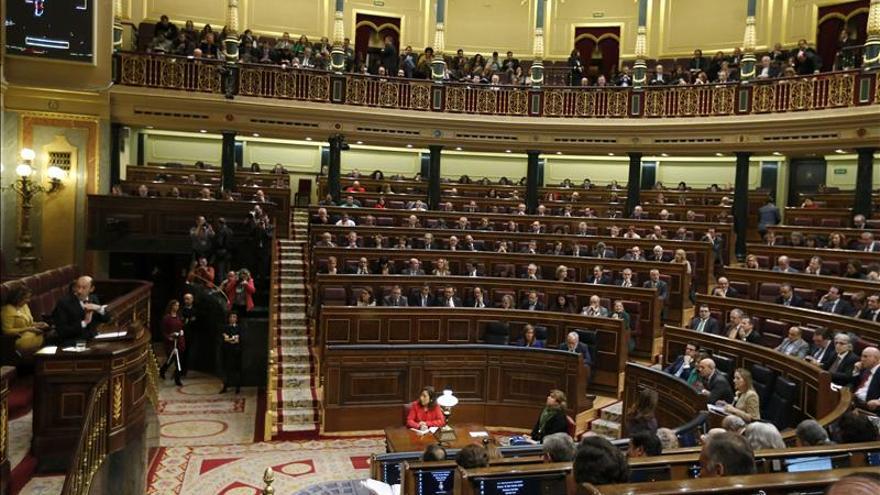 La oposición ratifica el convenio de seguridad con Rusia pese a algunas objeciones