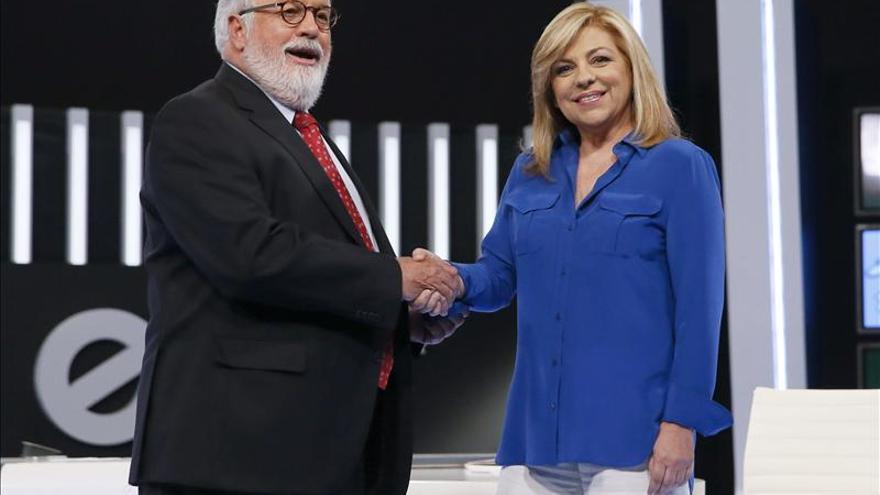 Cañete pide disculpas y Valenciano las acepta, aunque las ve tarde y forzadas