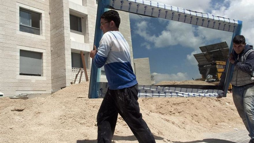 Israel anuncia la construcción de 800 nuevas viviendas en asentamientos