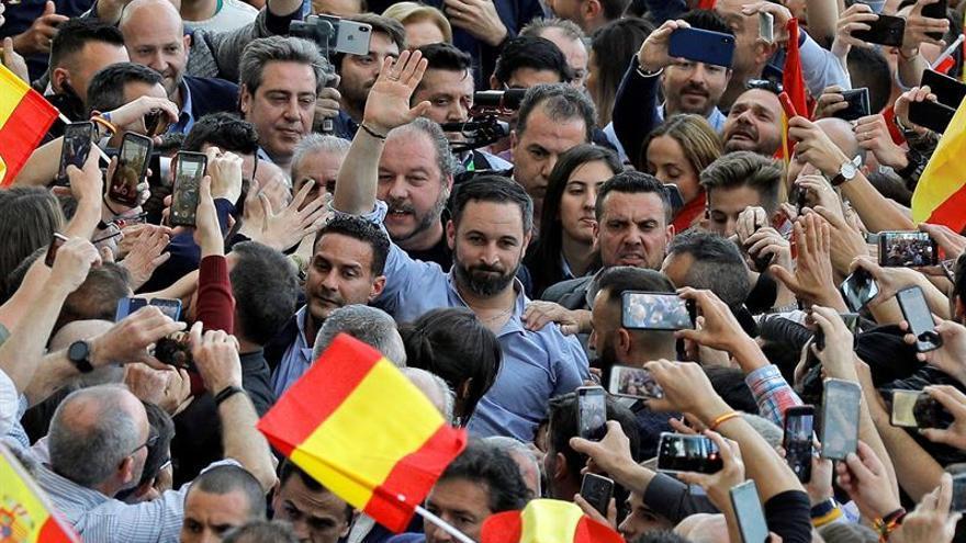 Llanos: Vox no son palabras, son hechos y no vamos a defraudar a valencianos