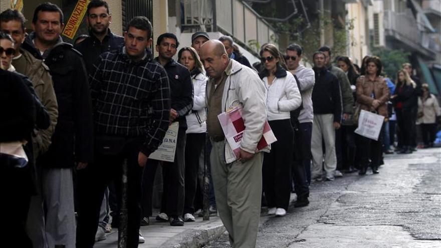 El desempleo Grecia alcanzó en octubre un récord del 27,8 por ciento