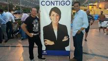 El funcionario Salvador Álvarez, a la derecha de la imagen.