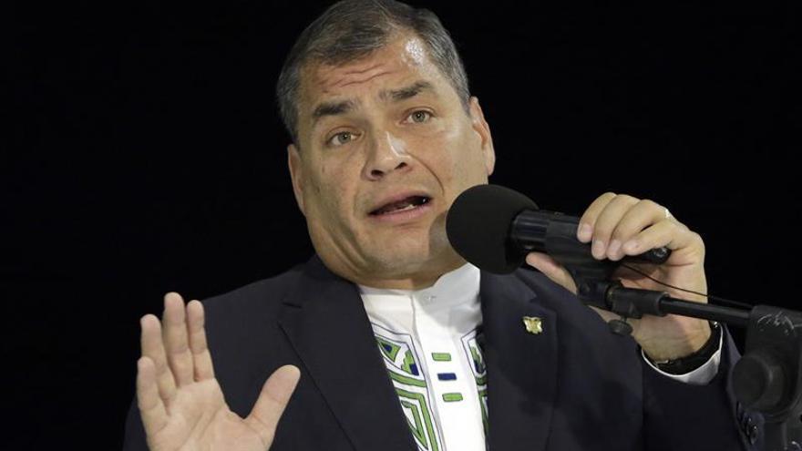 """Fin de año de """"alta tensión"""" para el Gobierno ecuatoriano"""