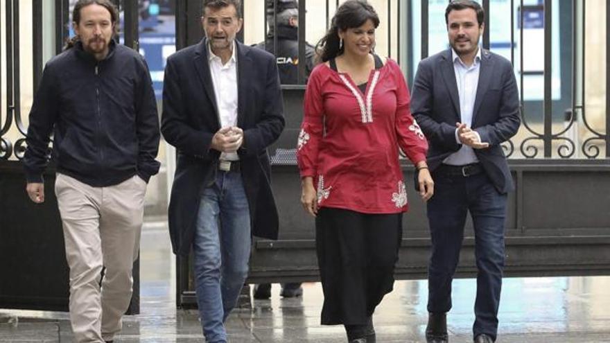 Pablo Iglesias, Antonio Maíllo, Teresa Rodríguez y Alberto Garzón, en una imagen de la campaña de las andaluzas.