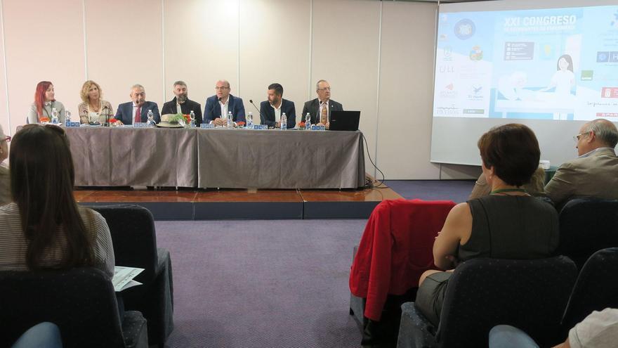 Acto de inauguración del 'XXI Congreso de Estudiantes de Enfermería de Canarias' que se celebra en Los Cancajos.