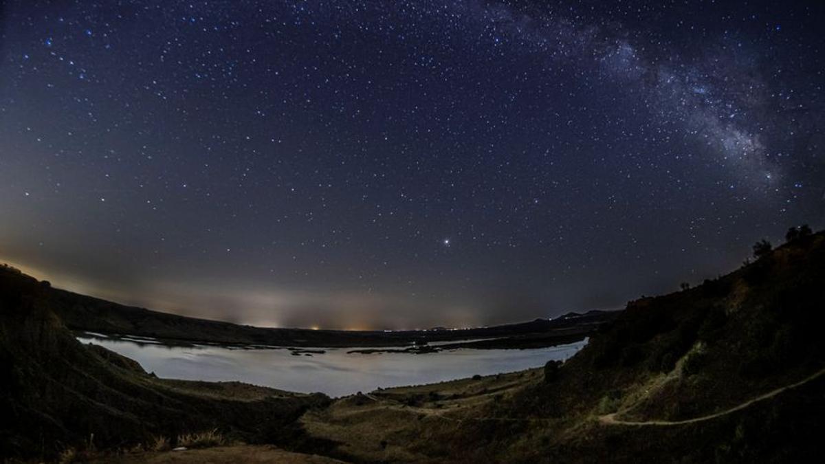 Se acerca una de las lluvias de estrellas más famosas del año: las perseidas ya aparecen en el cielo nocturno, pero el mejor momento para contemplarlas será la noche del 12 al 13 de agosto