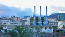 """El Cabildo estudiará, """"como hace con todas"""", la propuesta de declarar patrimonio industrial partes de la refinería de Santa Cruz"""