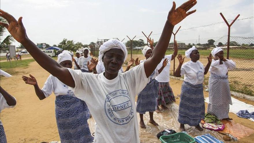 El virus del ébola ya ha matado a 932 personas en África Occidental