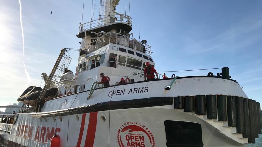 El Open Arms zarpará hoy a las 15.00 después de que el temporal retrasase su viaje a Samos y Lesbos