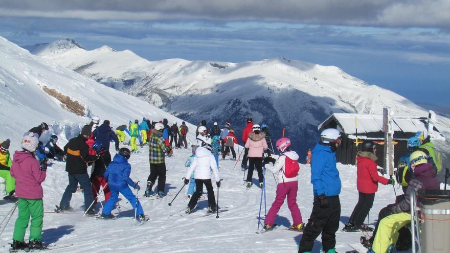 Alto Campoo celebra en febrero 'Los Encuentros Aprés-Ski' con un ciclo de conferencias sobre este deporte