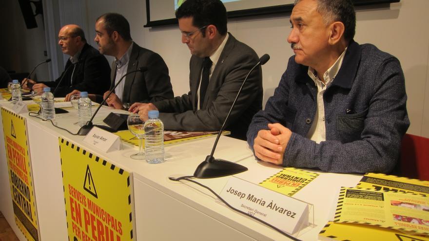 """Entidades municipalistas y sindicatos catalanes lanzan una campaña contra la """"involución"""" de la reforma local"""