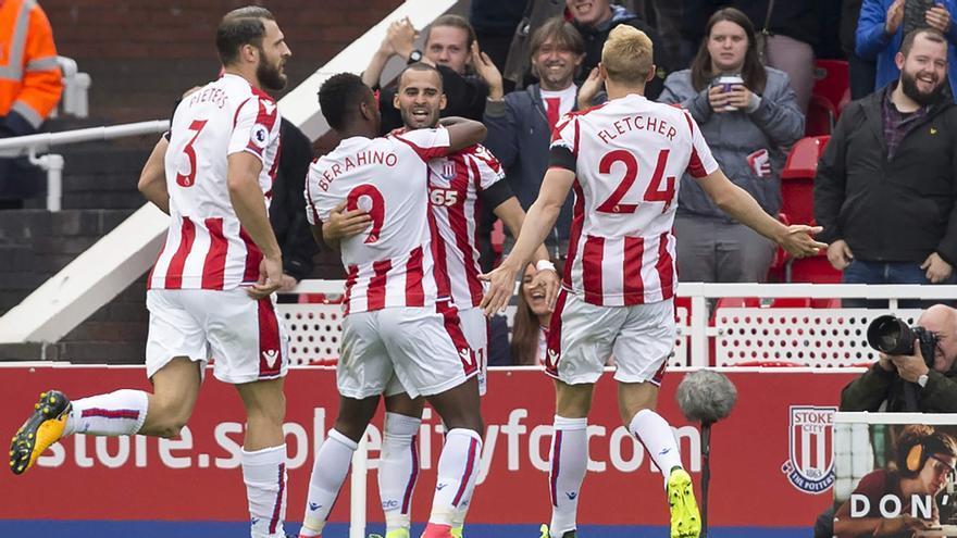 El Stoke City celebra el gol de Jesé. (STOKE CITY)