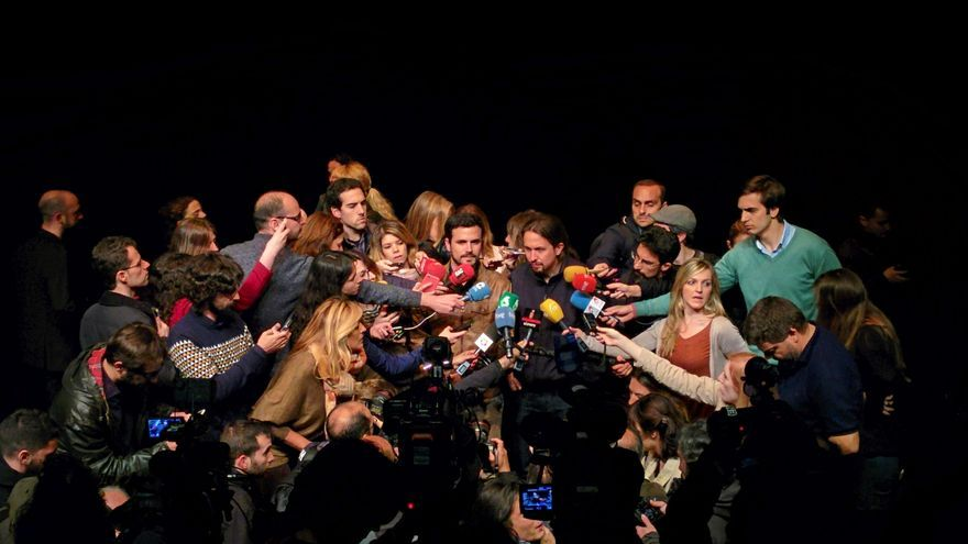 Pablo Iglesias y Alberto Garzón anuncian el acuerdo entre Podemos e IU en la Sala Mirador.