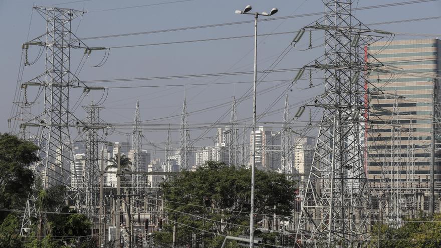 El beneficio del gigante brasileño Eletrobras creció un 31 % en el primer trimestre