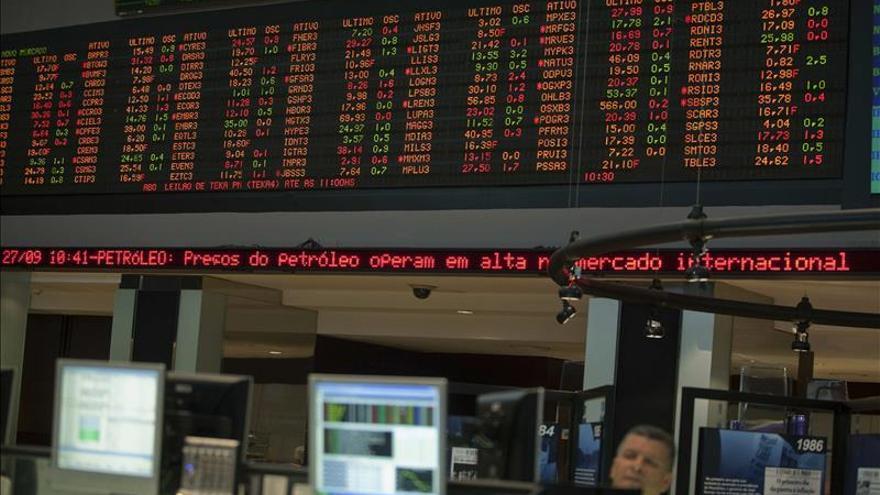La bolsa de Sao Paulo cae un 1,04 % en la apertura