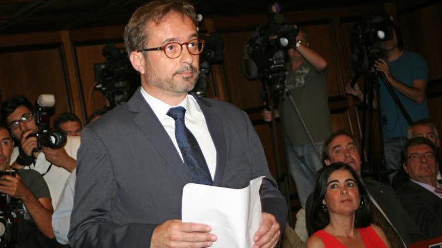 El consejero de Desarrollo Económico, Energía e I+D+i del Cabildo de Gran Canaria, Raúl García. (Foto: Alejandro Ramos).