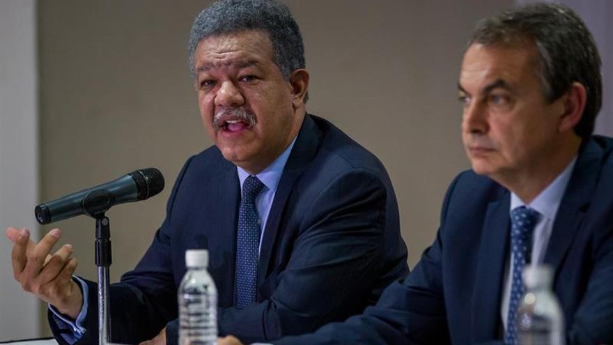 El Gobierno venezolano y opositores se reúnen en R. Dominicana junto a Zapatero