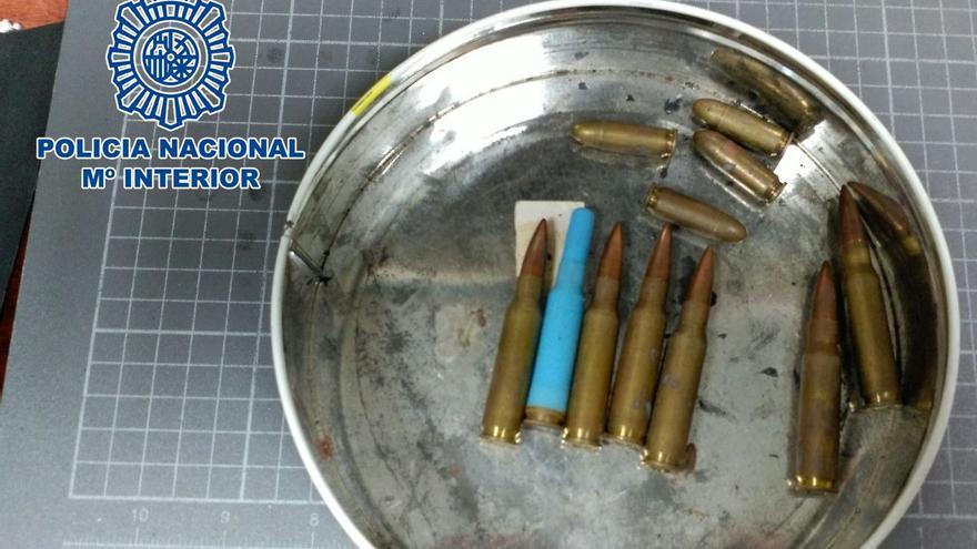 La Policía Nacional recupera en Telde munición real usada por fusiles como CETME o AK-47