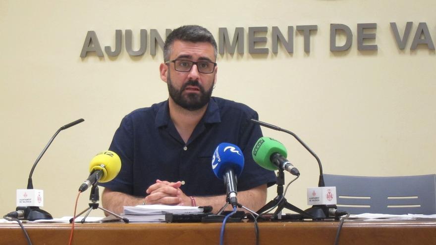"""La Alcaldía de Valencia ve """"sorprendente"""" el procesamiento de Fuset y no lo apartará porque no se debe a corrupción"""