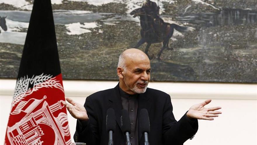Afganistán cambia el diálogo por el combate para alcanzar la paz