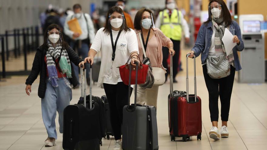 Perú vuelve a ampliar la suspensión de vuelos con Brasil, India y Sudáfrica