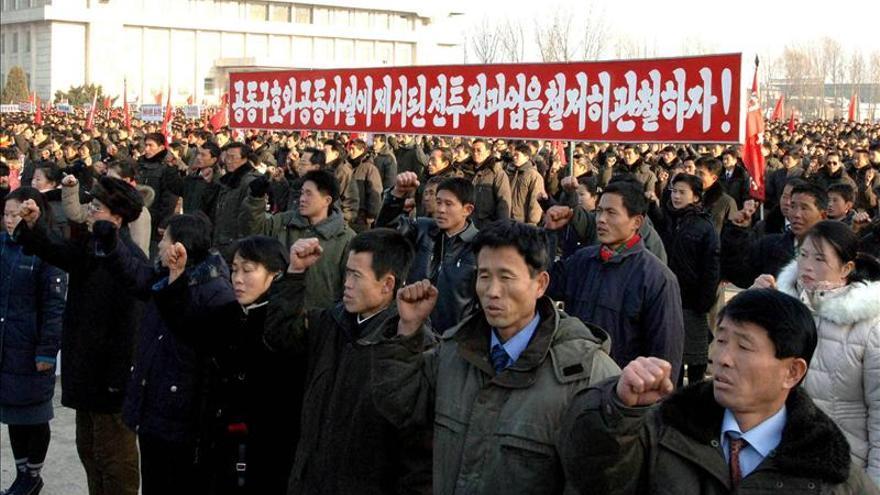 Cien mil norcoreanos se manifiestan contra la resolución de DDHH de la ONU