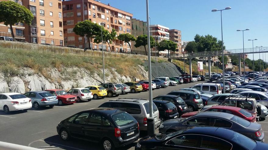 Plasencia La Isla Parking Huertas Aparcamiento
