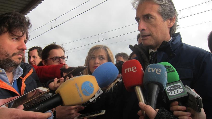 """De la Serna dice que seguimiento de la """"mal llamada huelga"""" en Cataluña es """"mínimo"""" pero el """"daño máximo"""""""