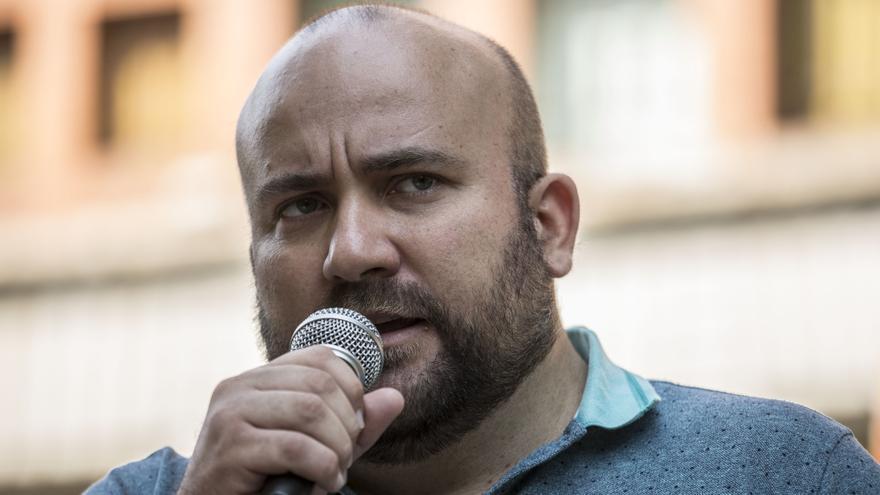 La Xunta de Galicia ha denegado la tarjeta sanitaria al hijo de Edson, quien padece una enfermedad rara.