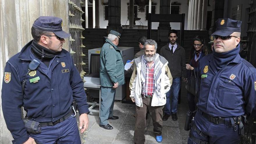 Dictan procedimiento abreviado contra Sánchez Gordillo por ocupar una finca