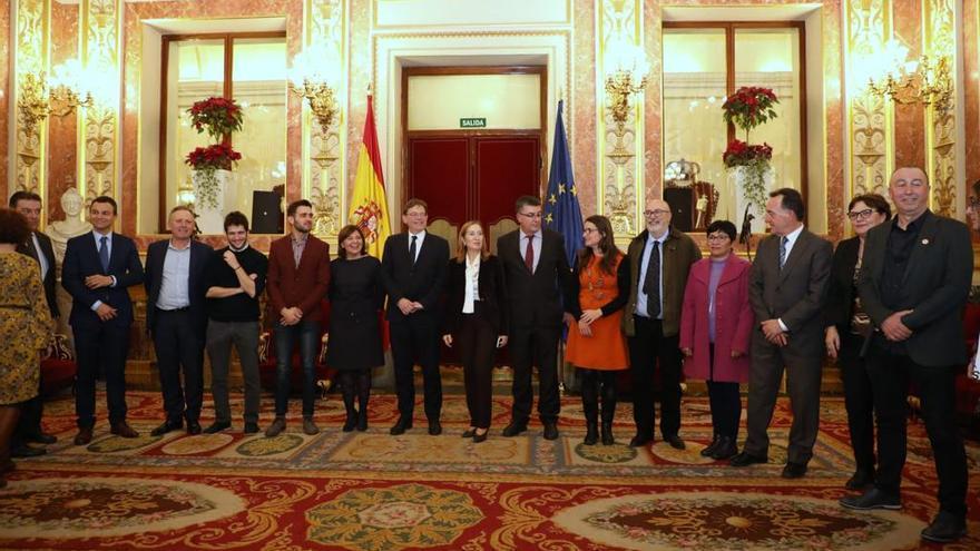 La delegación valenciana en el Congreso de los Diputados para la votación de la reforma del Estatut