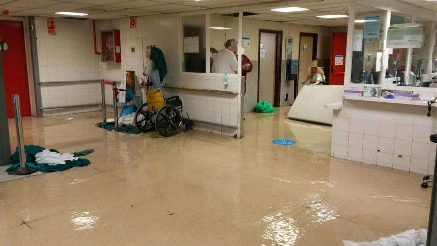 Urgencias del hospital La Paz inundadas