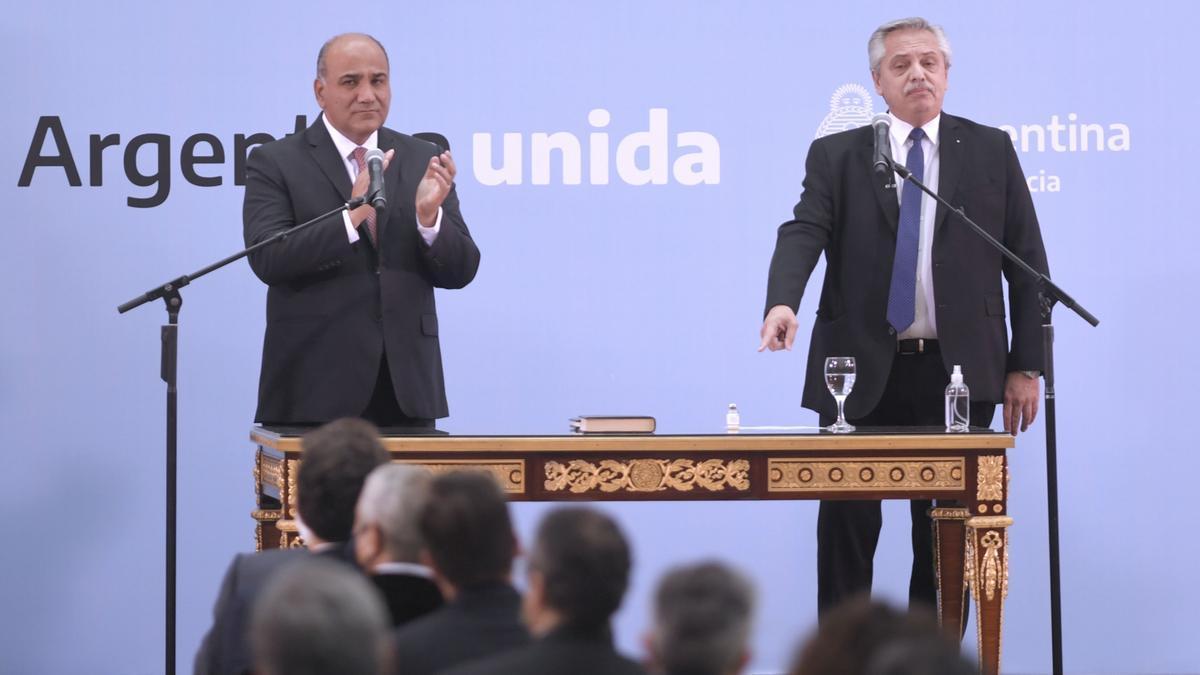 Alberto Fernández tomó juramento a los nuevos ministros.