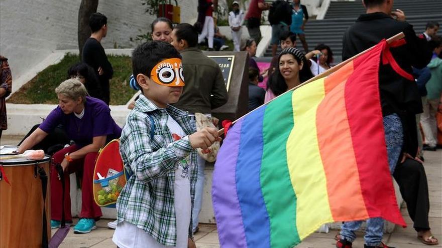 Marcha LGTBI de Paraguay clama por una ley contra la discriminación