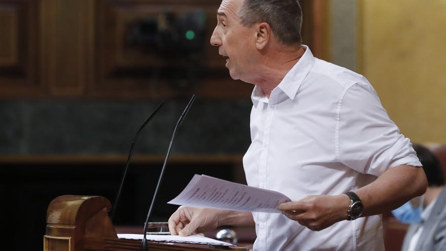El diputado de Compromís Joan Baldoví, durante su intervención en el del pleno del Congreso que debate este miércoles la quinta prórroga del estado de alarma