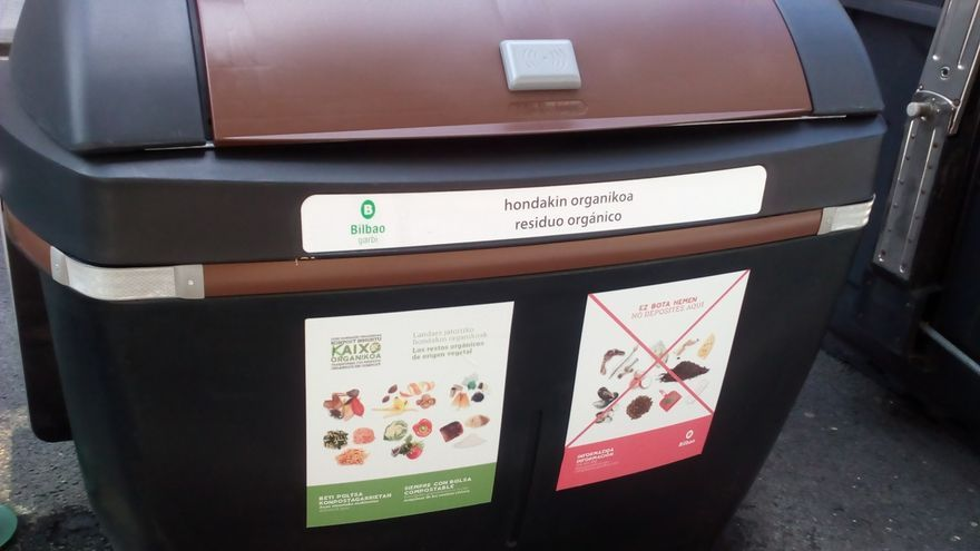 La tasa de recogida selectiva para reciclaje en Bizkaia creció más de medio punto en 2019 y se situó en el 50,43%