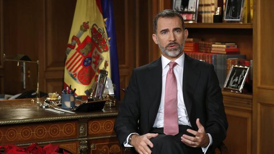 PP, PSOE y C's alaban el mensaje del Rey, que defrauda a Podemos y a los nacionalistas