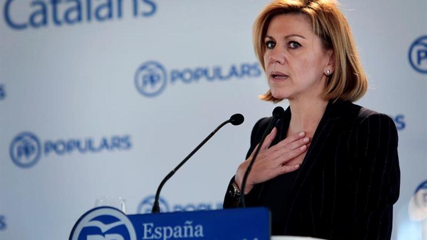 """Cospedal desea para 2018 felicidad """"en una España unida, fuerte y valiente"""""""