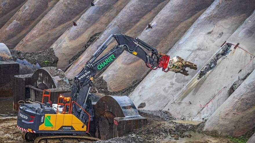 Demolicion de la presa de Vezins (Francia)