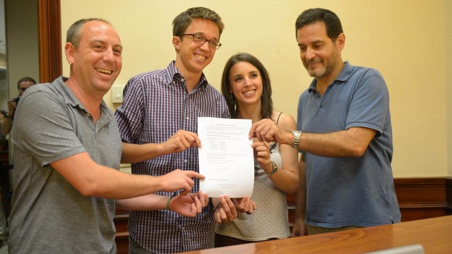 Podemos y En Comú reiteran que el 1-O no es el referéndum que necesita Cataluña y recelan de la comisión de Sánchez