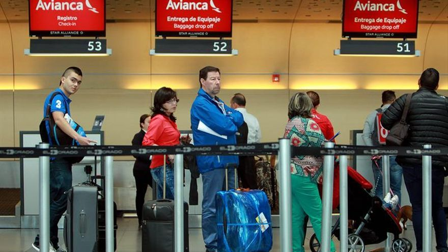 La aerolíneas Avianca y Air China firman un acuerdo de código compartido