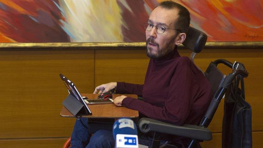 Echenique: Rajoy va a chantajear a PSOE y C's para imponer una agenda azul