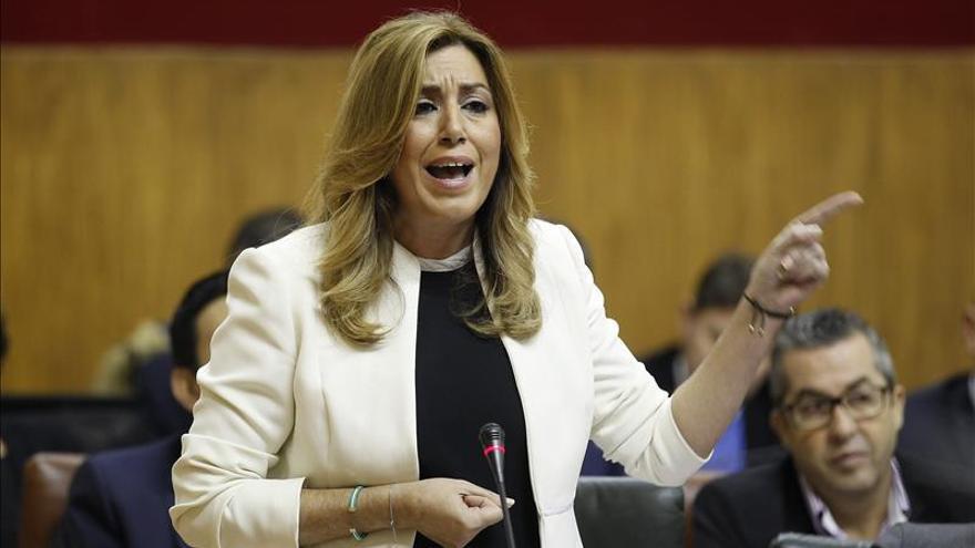 """Díaz insta a reformar la Constitución para que España """"no se siga descosiendo"""""""